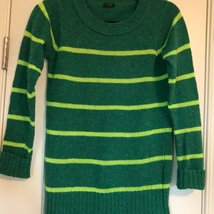 Dark and bright green crew neck sweater